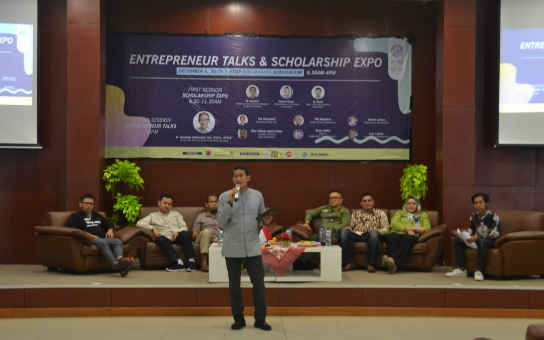 Seminar Entrepreneur Talks dan Scholarship Expo